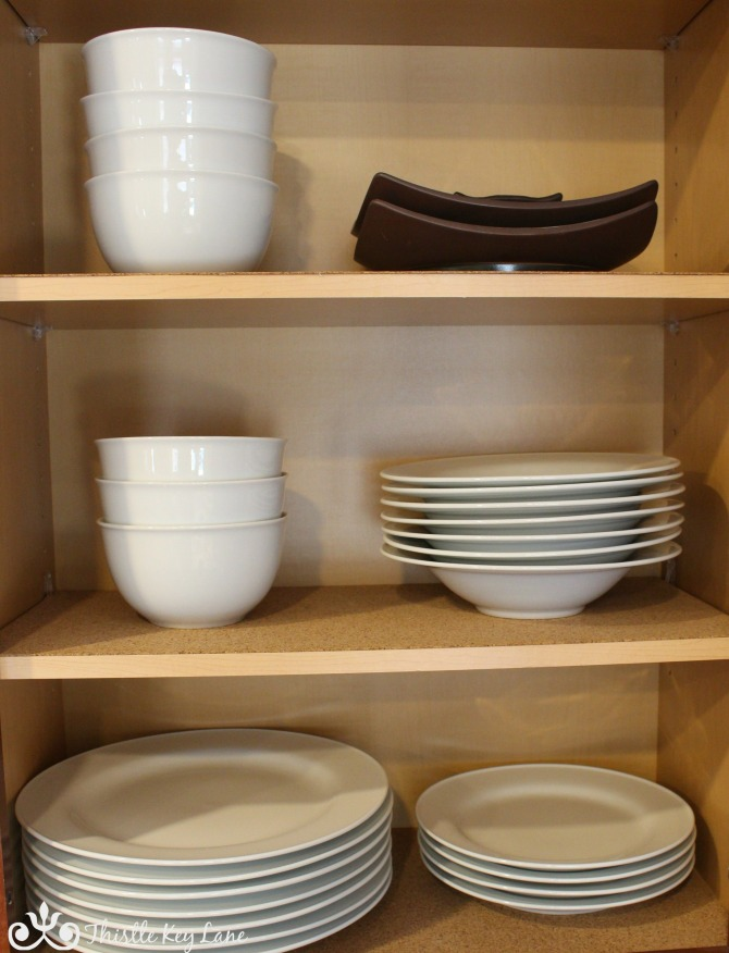 Organized plates and bowls