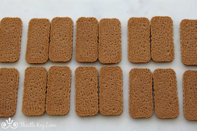 Line up cookies